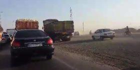 ترافیک شدید جاده شهر صنعتی بعد از پمپ بنزین عبدل آباد
