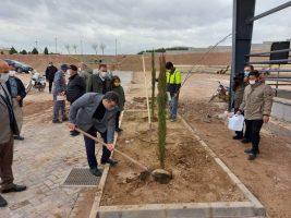 برگزاری مراسم جشن درختکاری در طرح استقبال از بهار در سرزمین ایرانیان